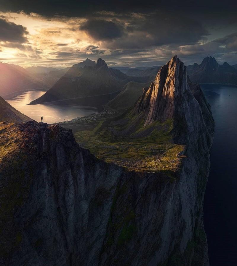 Роскошные пейзажи Норвегии - Страница 27 S_suyq10