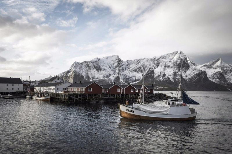 Роскошные пейзажи Норвегии - Страница 21 Siq1hp10
