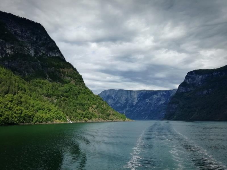 Роскошные пейзажи Норвегии - Страница 14 V87zzd10