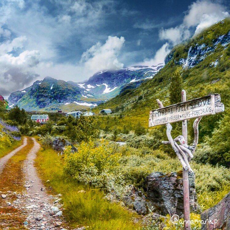 Роскошные пейзажи Норвегии - Страница 10 Wqwydr10