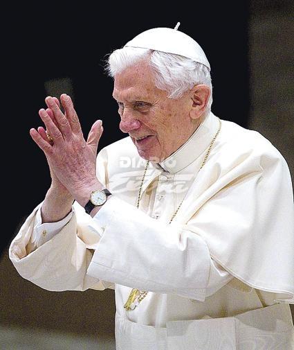 3 Papas: nuevo papado joven de ideas - Página 2 30511210