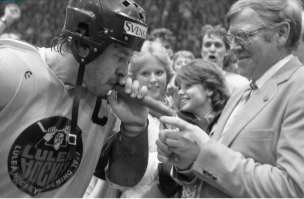 Minnesvärda Luleå Hockey stunder - Sida 3 Lhf_ka11