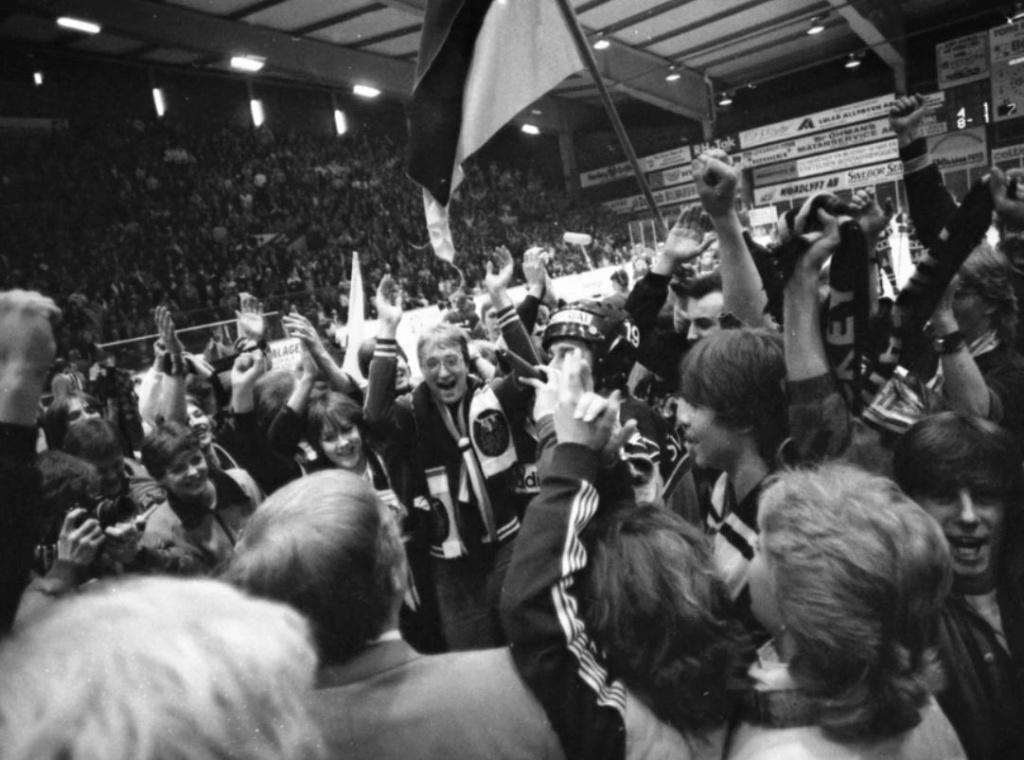 Minnesvärda Luleå Hockey stunder - Sida 3 Lhf_ka12
