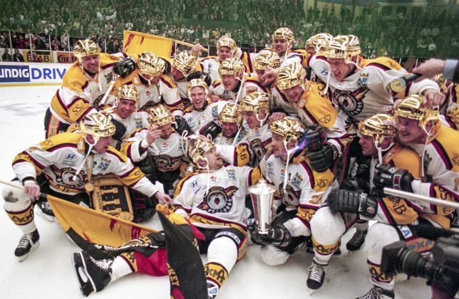 Minnesvärda Luleå Hockey stunder - Sida 2 Smguld10