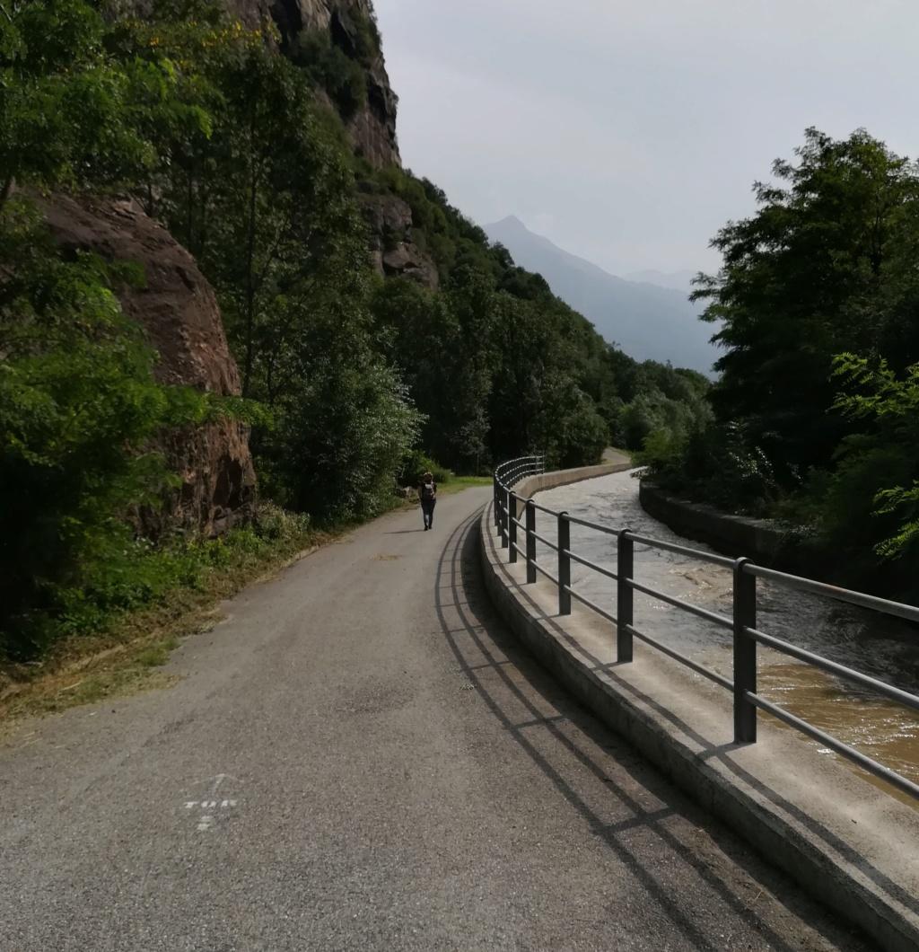 """La """"luuuuuuunga"""" Via delle Gallie Img_2240"""