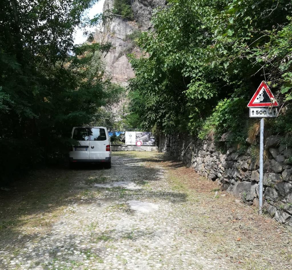 """La """"luuuuuuunga"""" Via delle Gallie Img_2241"""