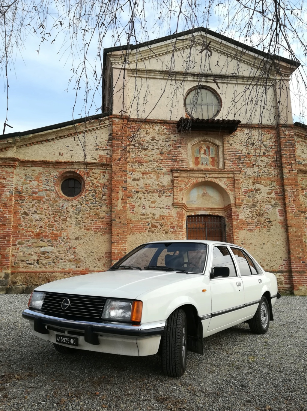 Opel Rekord E1 2.0 E Berlina (1980).... dopo la Vanda arriva... Miranda! Img_2354