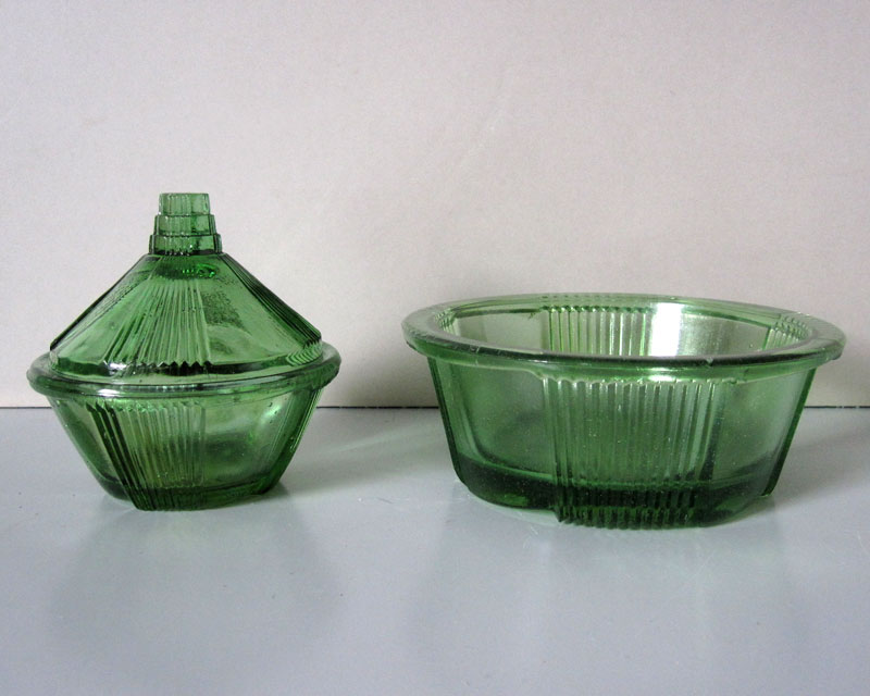 Anyone recognise this green pressed glass? Greeng10
