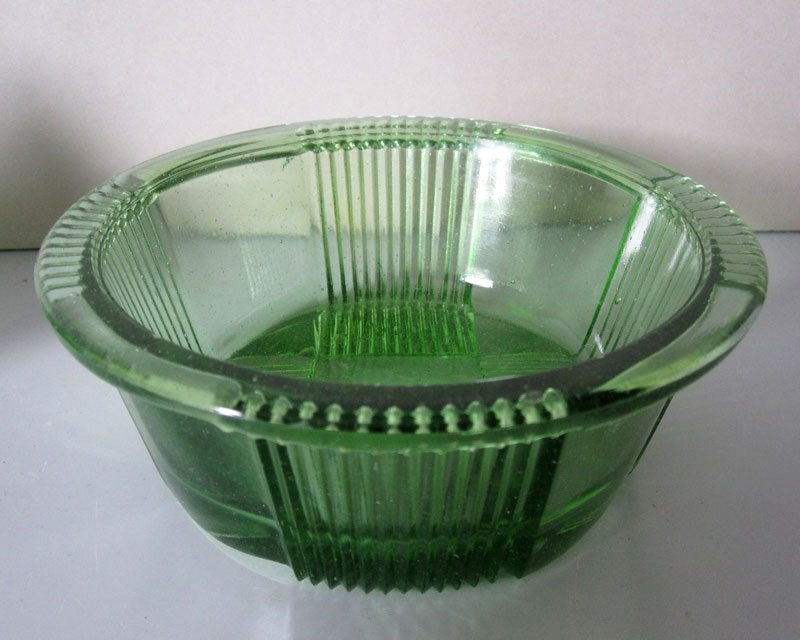 Anyone recognise this green pressed glass? Greeng11