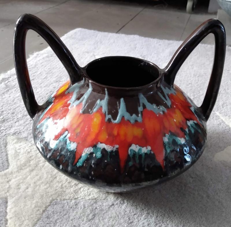 Crazy pot - any ideas? Img_2086