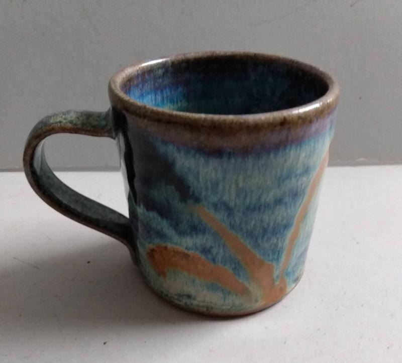Frog in bottom mug - maker?? Ridge Pottery Img_2169
