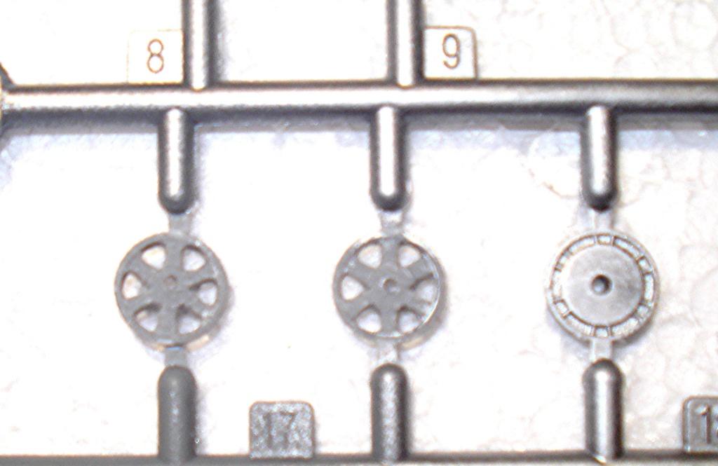 montage kit trompeter 1/48 , GRUMMAN ALBATROSS  HU 16A - Page 2 2410