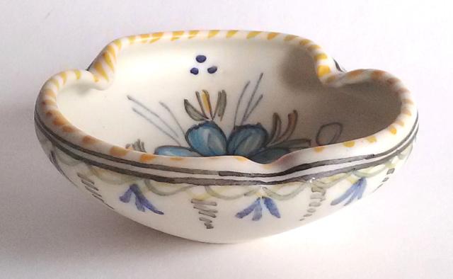 Tin glazed pin dish signed - MAVE Studio Talavera Spain Flower10