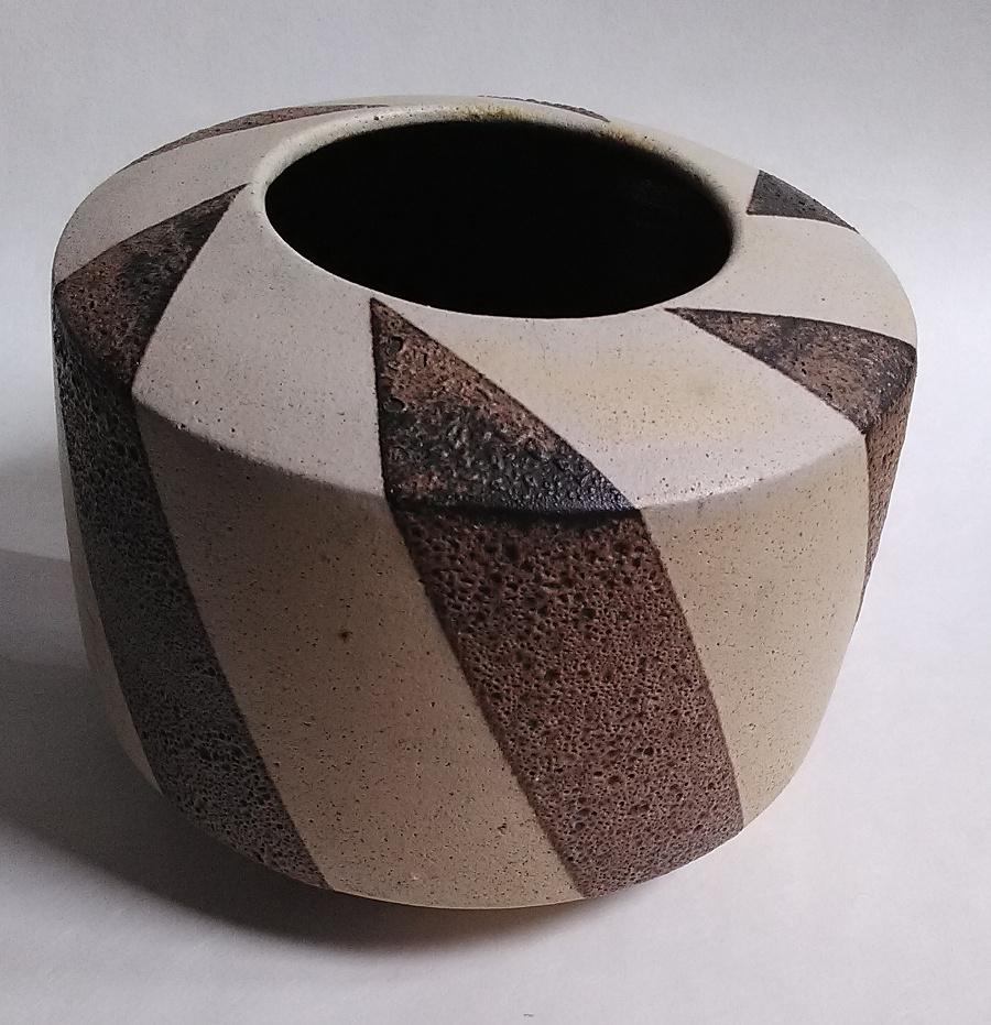 Geometric design volcanic glaze stoneware cylinder ... European? Geo110