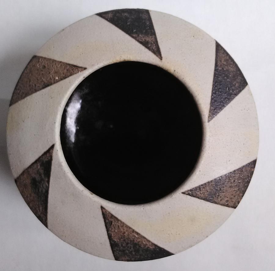 Geometric design volcanic glaze stoneware cylinder ... European? Geo210