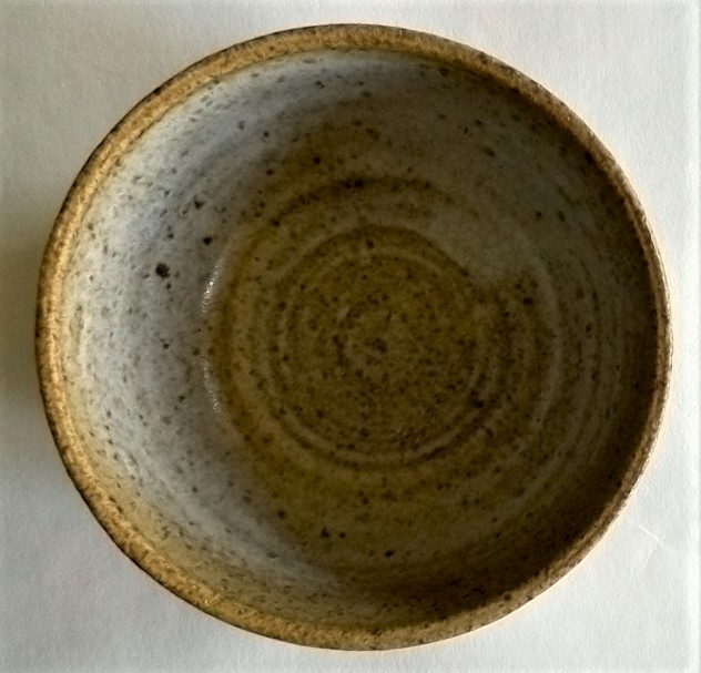 Stoneware bowl marked M Mpot210
