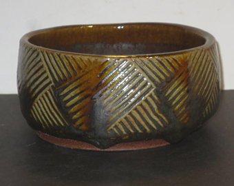 Tenmoku incised bowl marked SB or SH? Wmpadd10