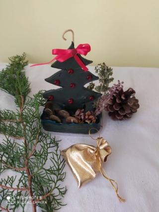 В предверии Нового года свеча ароматизированная                             0-02-040