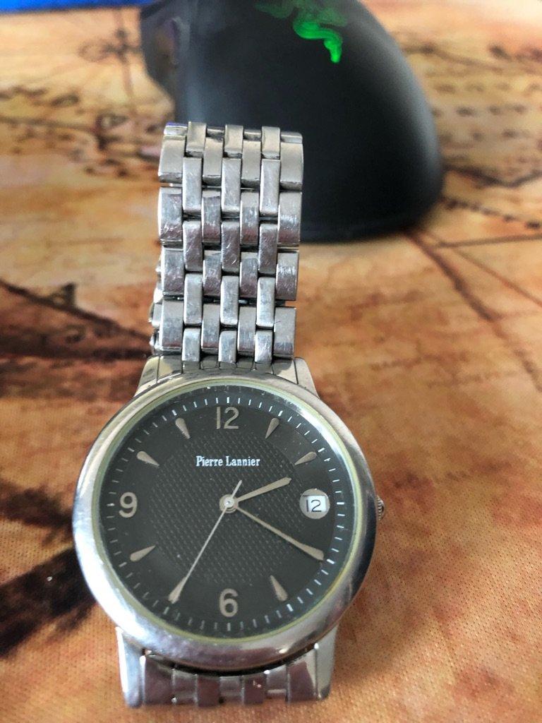 seamaster -  [Postez ICI les demandes d'IDENTIFICATION et RENSEIGNEMENTS de vos montres] - Page 7 Pierre10