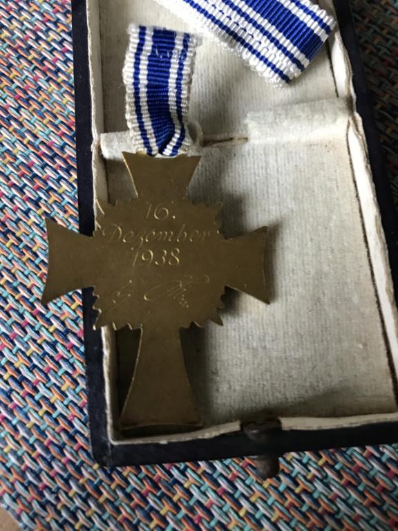 Trio médailles des mères allemande De982110