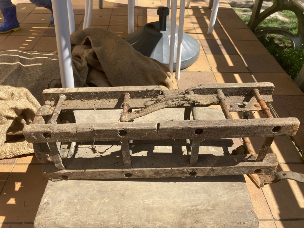 Claie de portage obus 10,5cm et caisse inconnue E3c2ca10
