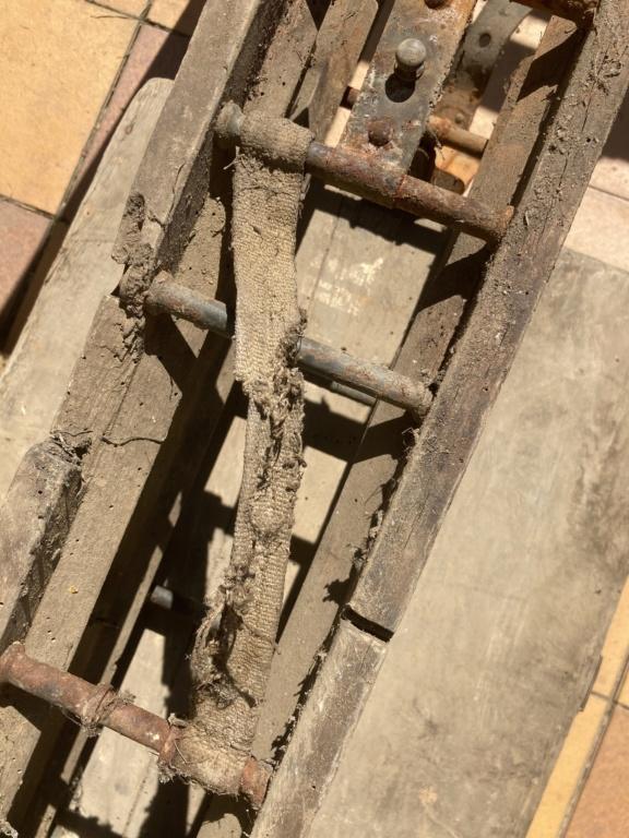 Claie de portage obus 10,5cm et caisse inconnue Efca0f10