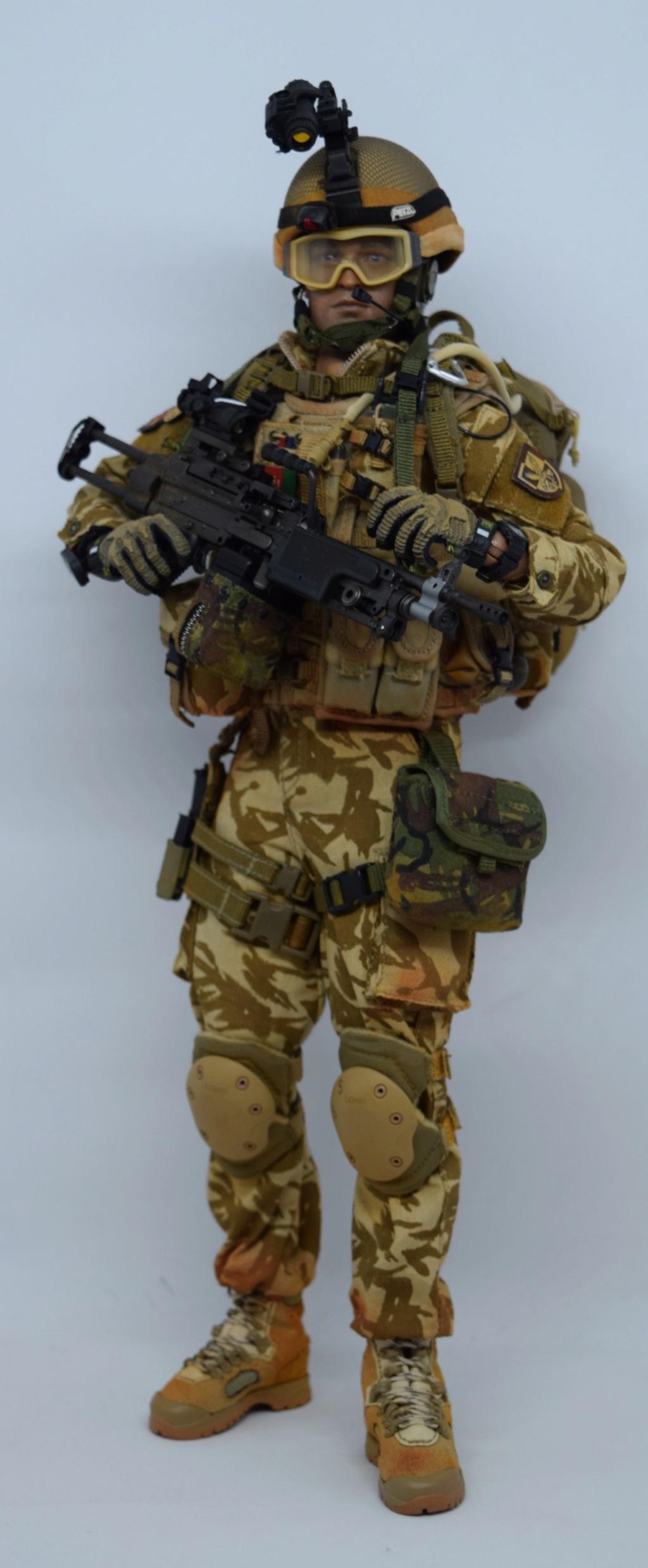 2 - Dam Toys British Minimi Gunner, Afghanistan  4b487b10