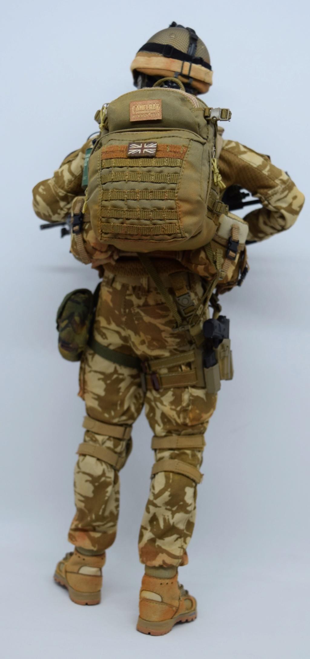2 - Dam Toys British Minimi Gunner, Afghanistan  54db9810
