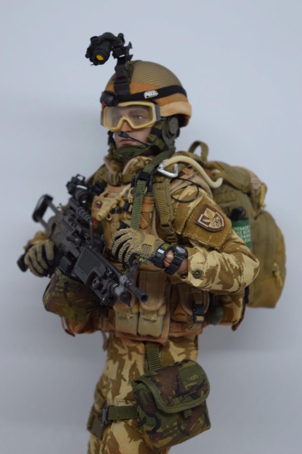 2 - Dam Toys British Minimi Gunner, Afghanistan  70f59110