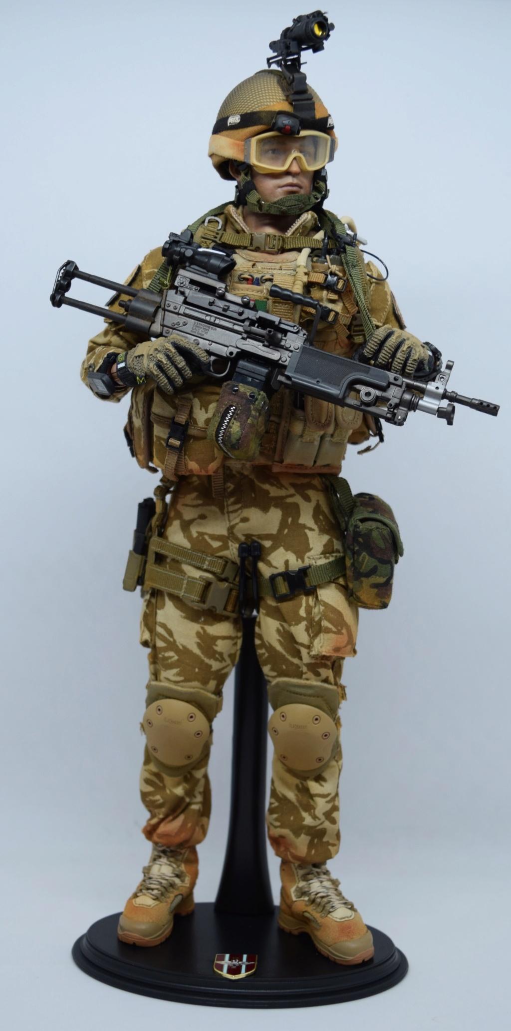 2 - Dam Toys British Minimi Gunner, Afghanistan  B287fa10