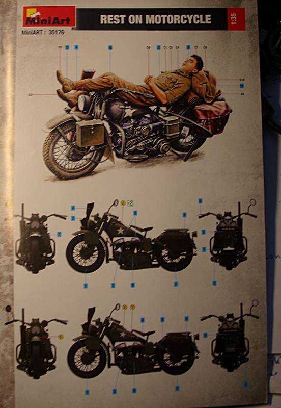 Rest on Motorcycle Dsci0938