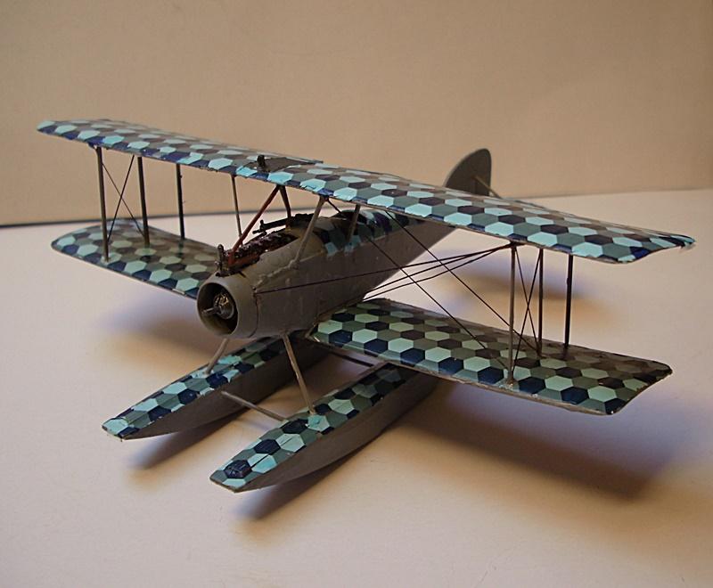 Albatros W 4 in 1:72 gebaut von OFW Dsci1025