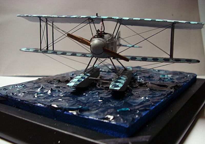Albatros W 4 in 1:72 gebaut von OFW Dsci1027