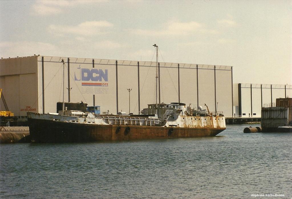 [Les ports militaires de métropole] Port de LORIENT - Page 12 Coureg11