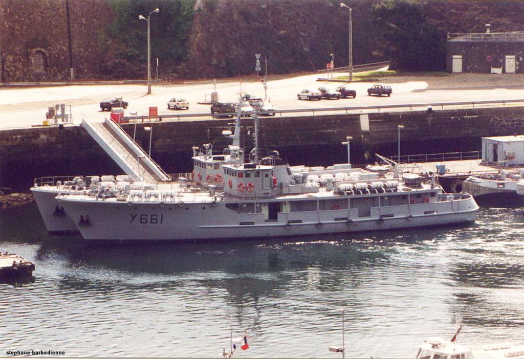[ Marins des ports ] Les transrades de Brest - Page 2 Y_661_10