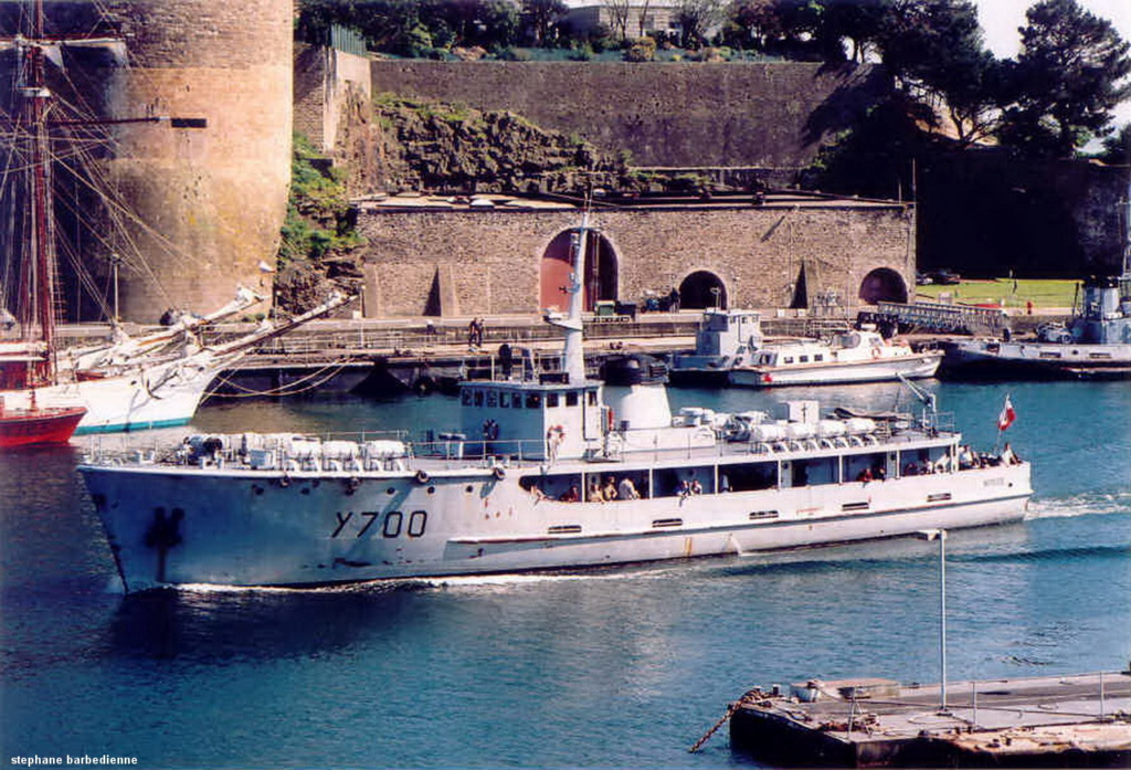 [ Marins des ports ] Les transrades de Brest - Page 2 Y_700_10