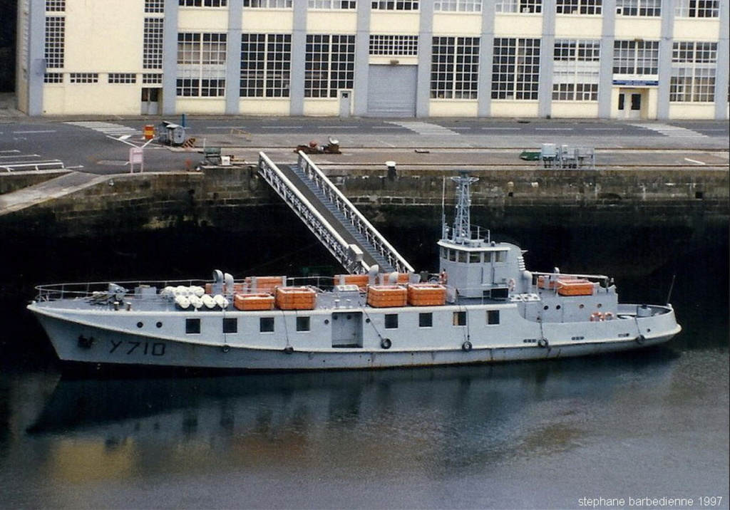 [ Marins des ports ] Les transrades de Brest - Page 2 Y_710_10