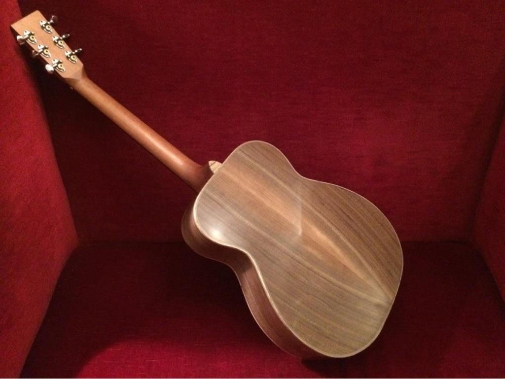 Om Noyer/Cédre Jaune du luthier Sébastien Francisco 70a3f910