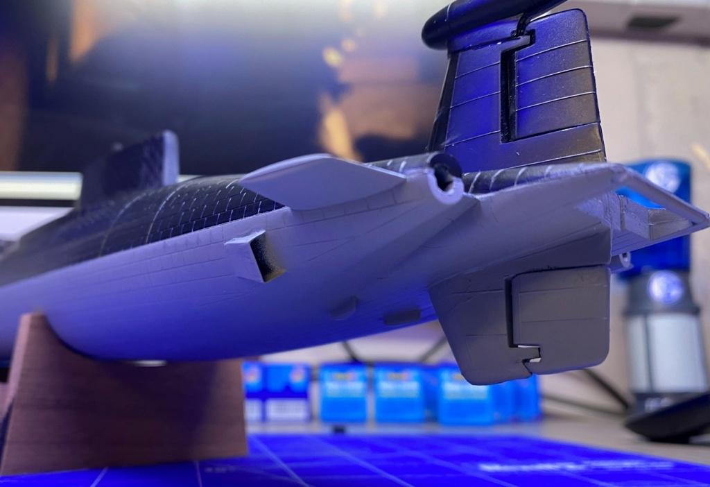 "Typhoon Class U-Boot - Umbau auf ""Roter Oktober"" / Revell, 1:400 Img_6411"