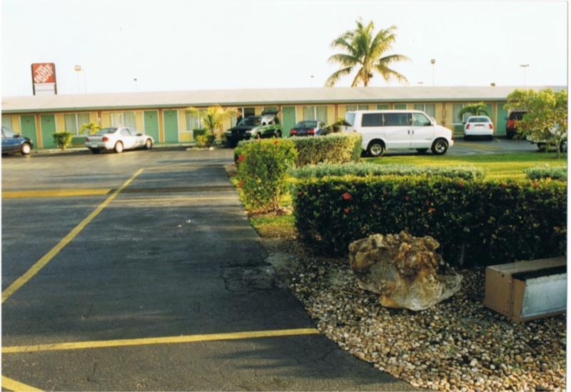[WDW] 30ans en 2013 : 3 semaines en Floride : Tous vos conseils ici ;) - Page 2 8motel10