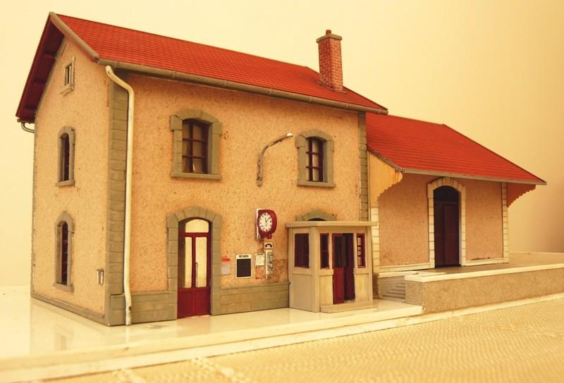 Gare MIDI chez Faller !! 190605 Gare de Aubance Gare_m10