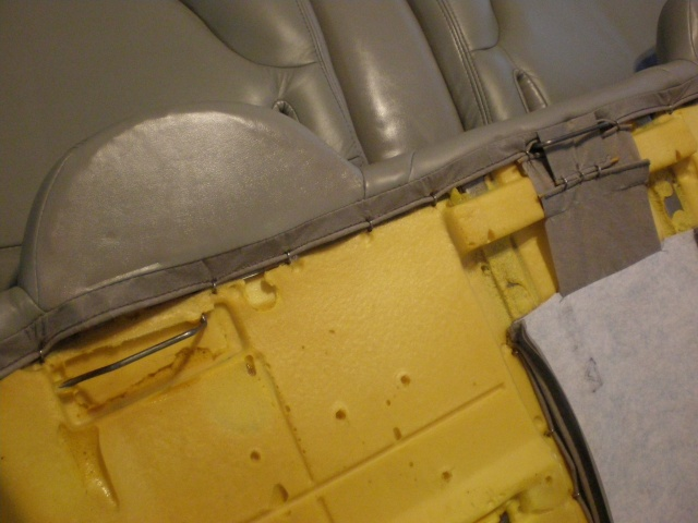 Write-Up: Front/Rear Seat Removal P4040011