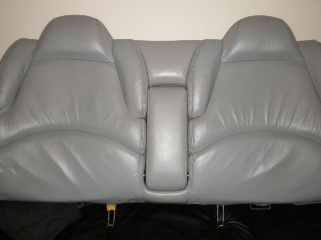 Write-Up: Front/Rear Seat Removal P4040016