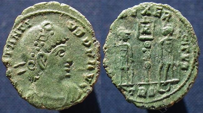 Monnaies de Didier... - Page 3 Ric_1011