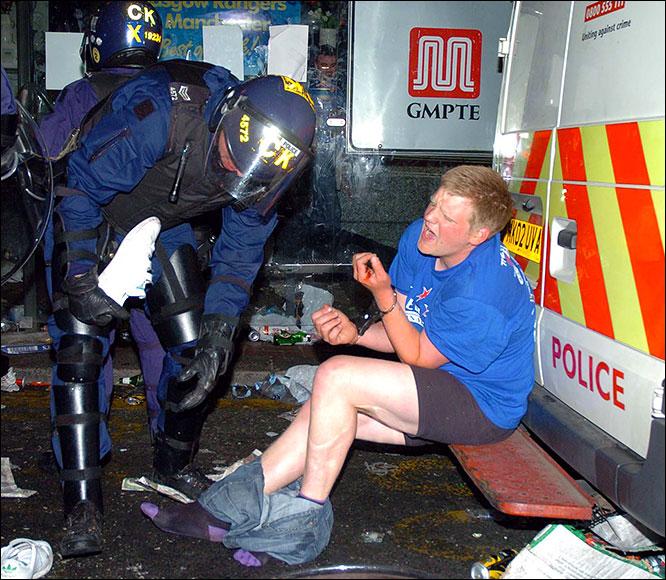 Les ultras et la police - Page 3 Gers5u10