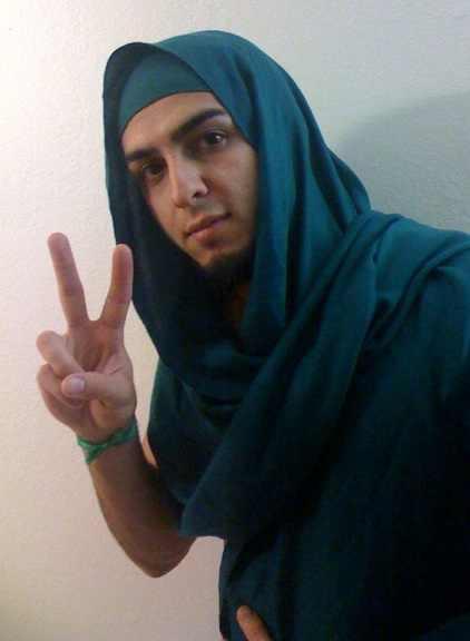 Les musulmans qui portent le voile islamique 411