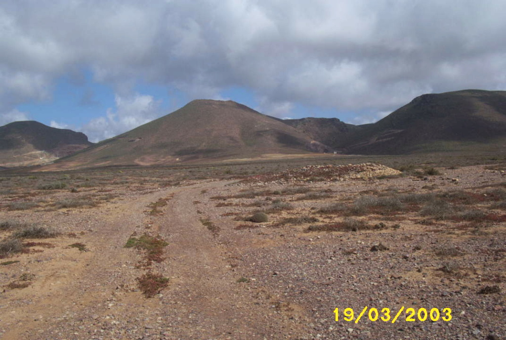 [Maroc/Histoire, Accueil...] HIstoire du téléphérique abandonne de Sidi Ifni Photo_12