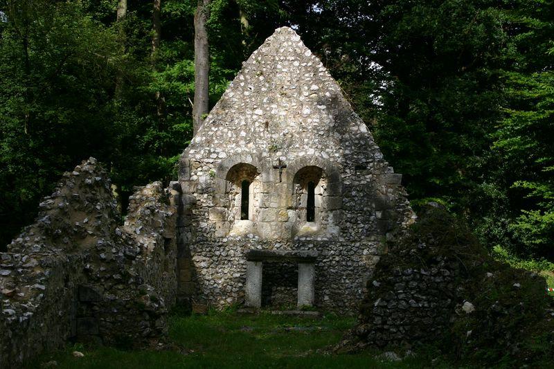 Énigme 106 -  La léproserie de Saint-Thomas d'Aizier 03910