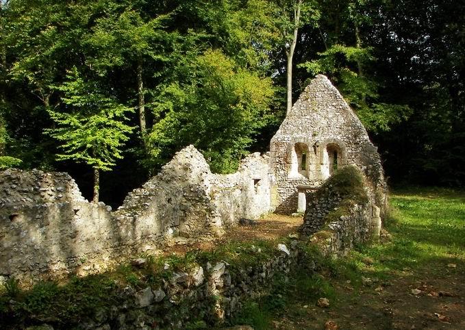 Énigme 106 -  La léproserie de Saint-Thomas d'Aizier 20080910