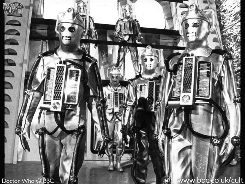 Les Cybernautes (The Cybernauts) 240